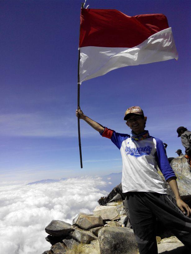 Puncal Ogal Agil Gunung Arjuno 3.339 mdpl