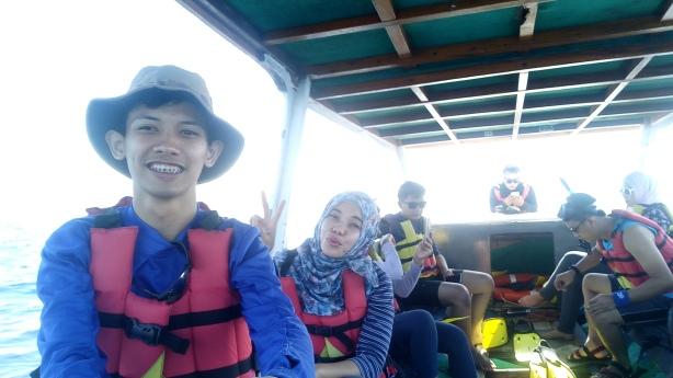 Di perahu