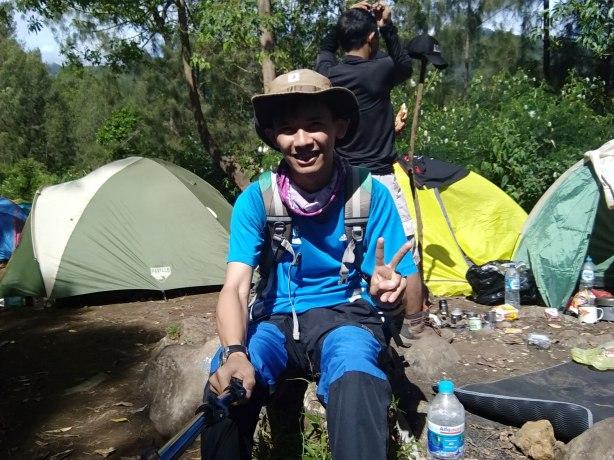 Latar Ombo Camp