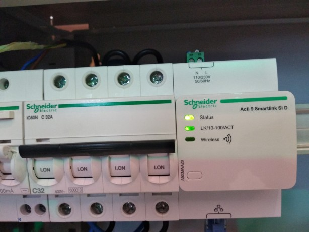 Contoh monitor power gateway