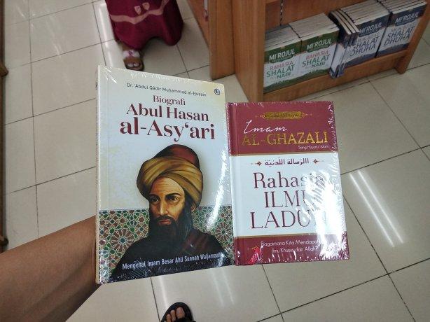 buku mazhab timur